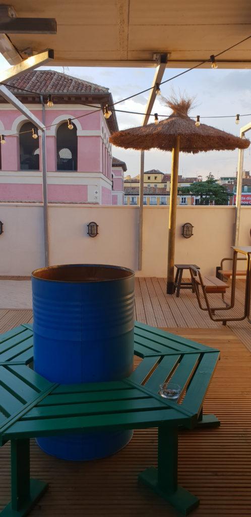 terraza_bastardo_hostel