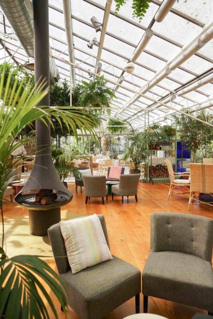interior_restaurante_invernadero_peñotes
