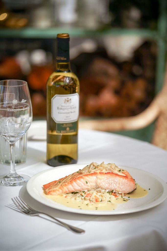 vino_restaurante_invernadero_peñotes
