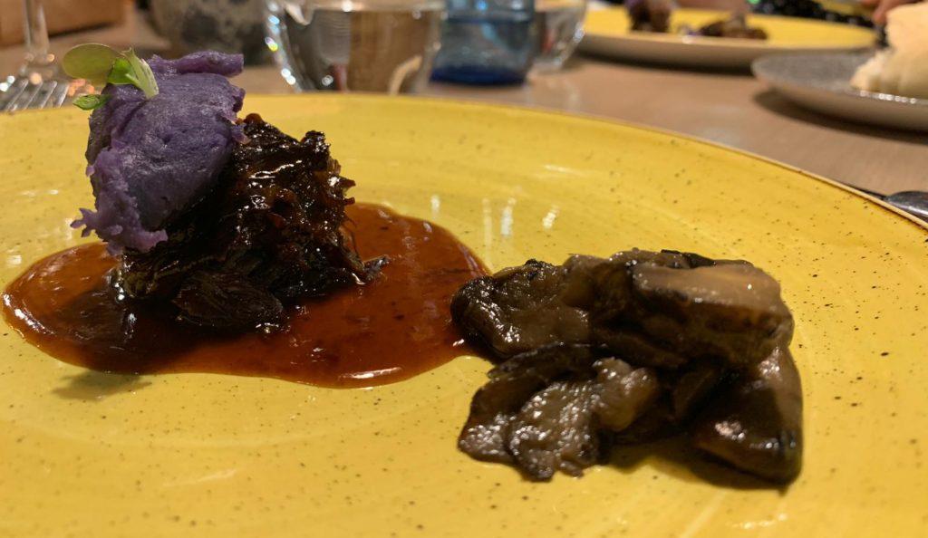 rabo_toro_deshuesado_bloved_restaurante