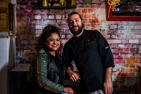 Aisha y Marco, propietarios, Al Settimo Cielo