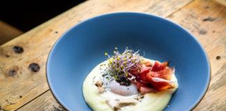 Huevo trufado con boletus y jamón ibérico de Bendita Locura_2